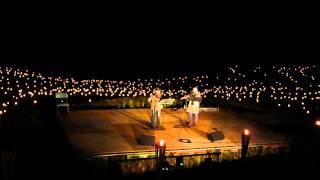 大山棚田のコンサート フルートのデュオ 曲目は荒川静香さんが踊った曲...