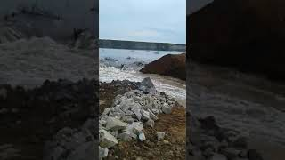 Прорвало накопитель с цианидами на руднике Пионер