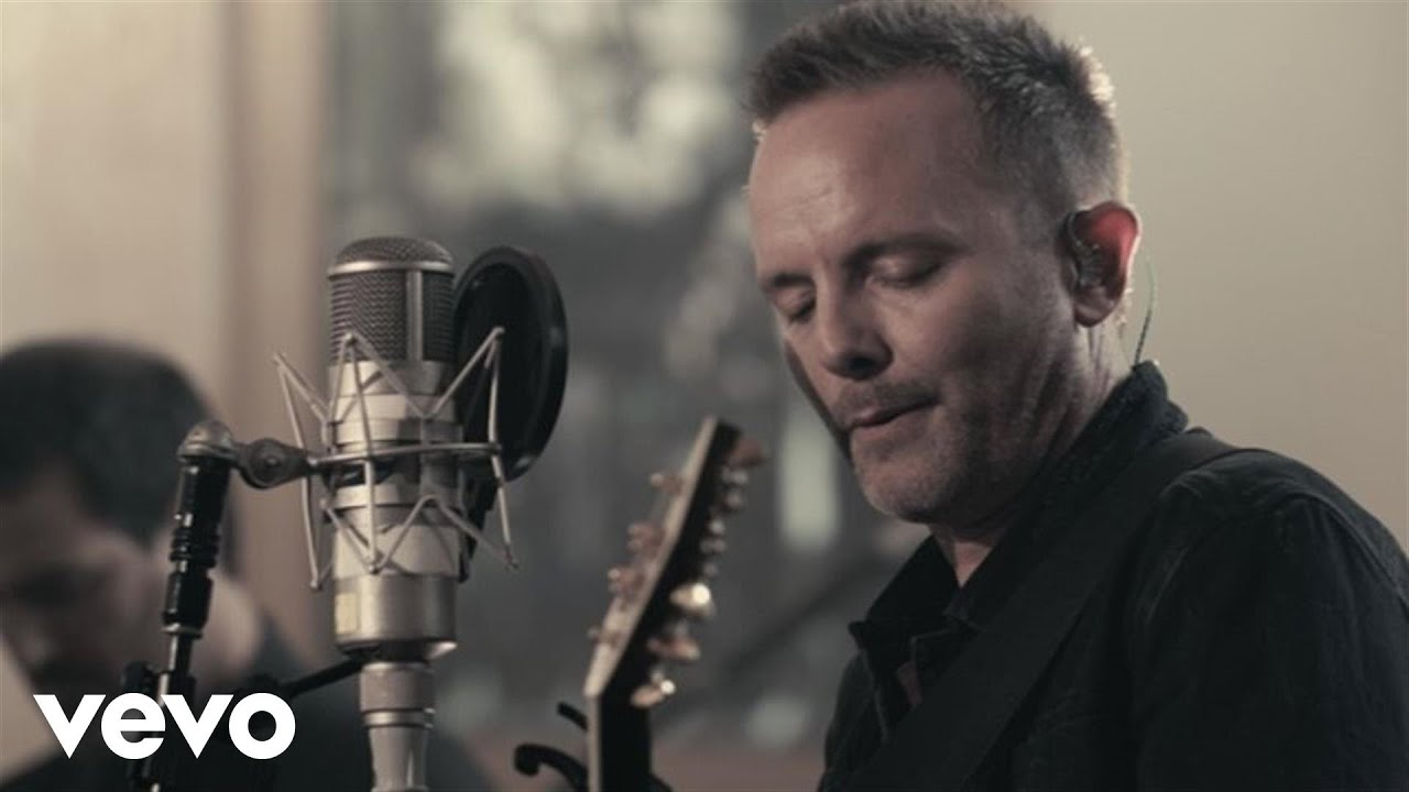 Chris Tomlin - Adore (Live) - YouTube