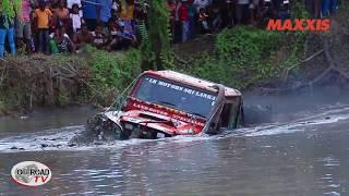 LAND ROVER Water crossing @  MAXXIS kadirapura 4x4 ~ 2017