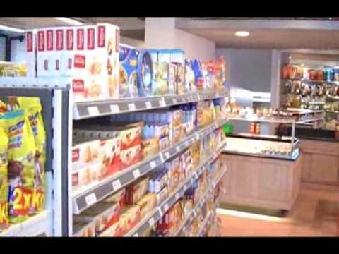 4 septembre 09, ouverture du magasin à Carrouge