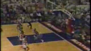 Shaquille O'Neal Dunks in 1989 McDonald's All American Game