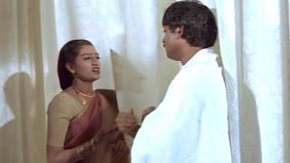 Video Manoharam Movie || Jagapati Babu & Laya Funny Comedy Scene || Jagapati Babu, Laya download MP3, 3GP, MP4, WEBM, AVI, FLV Agustus 2017