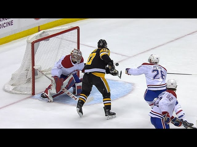 Sidney Crosby juggles puck to bat home unbelievable goal