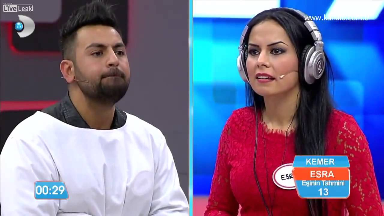Funny Couple In Turkish Tv Show Youtube