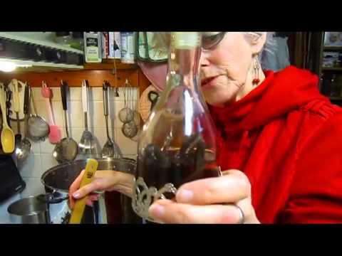 Making Grape Nectar - Wisconsin Garden Video Blog 469
