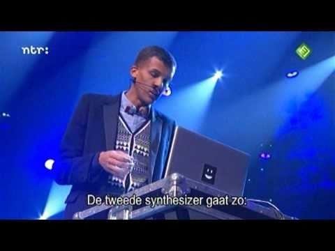 Stromae - Alors on danse HD - Ebba Awards 14-01-11 mp3