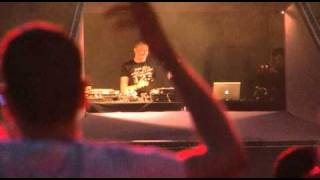 Q-BASE 2010 - Brennan Heart op Open Air Strip