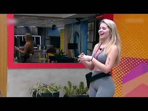 Vitória Felício - Pacoteira Com Shortinho Suplex, Biquini Socado E Pijaminha
