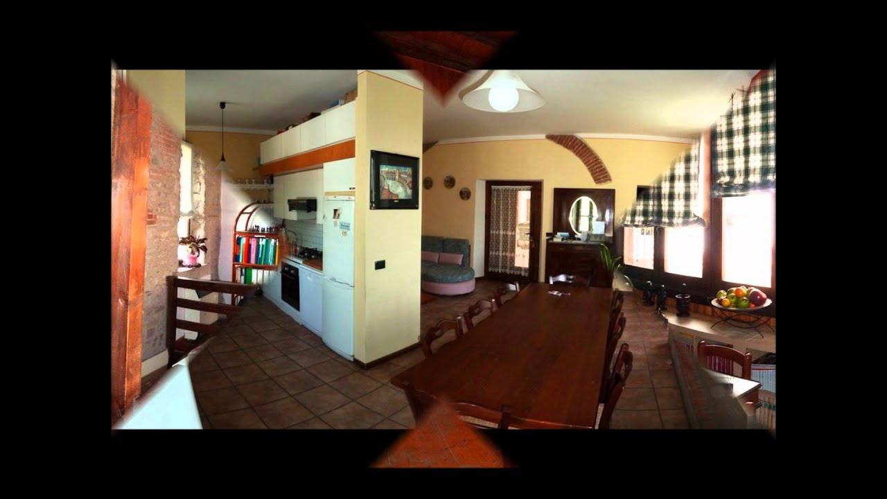 Casa in pietra ristrutturata con cantina a volto a for Ranch house con cantina
