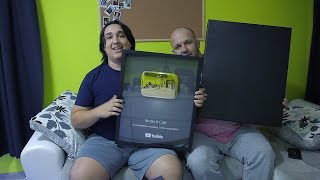GOLDEN PLAY BUTTON !