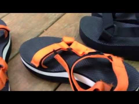 Review Tevas Platform Sandals