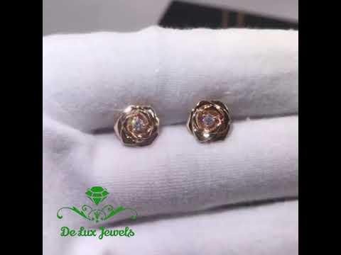 Золотые серьги с бриллиантами в форме розы