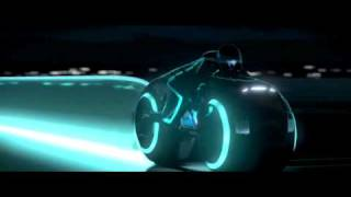 Official Tron Legacy Trailer (Pulpalicious theme) [HD]
