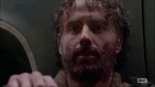 The Walking Dead - Feel Invincible