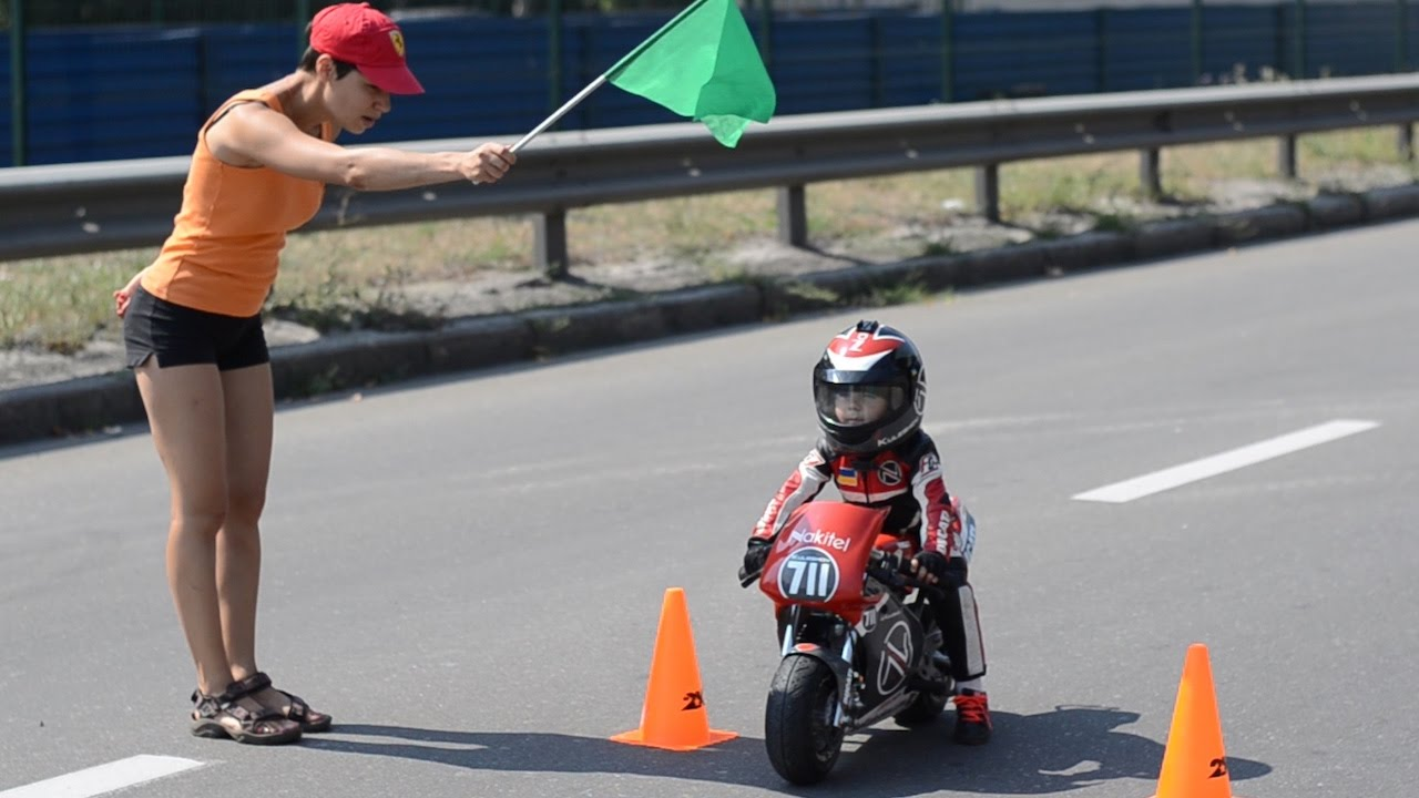 9fa37082725 Baby Biker: 4-Year-Old Has Insane Motorcycle Skills - YouTube