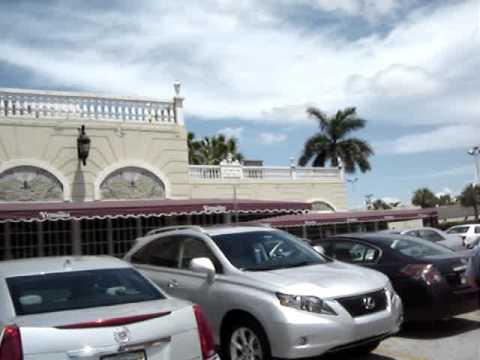 Boomer Lifestyle Florida, Versailles Restaurant Review,