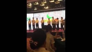 山西长治漳泽农商银行内部培训打员工屁股引发热议