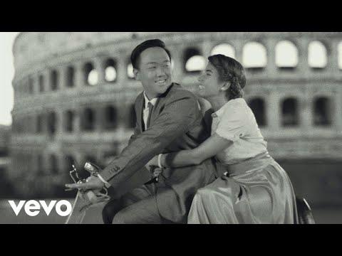 Biagio Antonacci - In mezzo al mondo (Official Video)