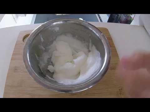 Come montare un'albume a neve con due forchette Self-Made