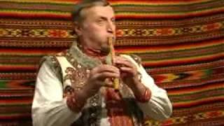 Гра на флоярі (Микола Варцаб'юк з села Космач)