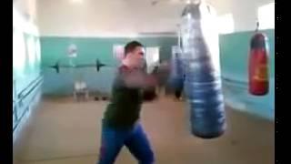Очень быстрый боксер