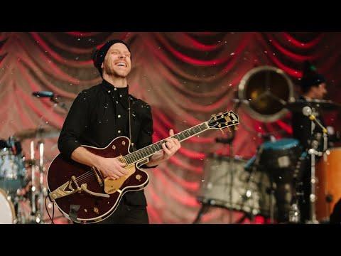 O Christmas Tree/Christmas Music by Chris Tomlin's Band | Christmas Songs Of Worship