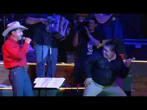 Emilio Navaira -  Ya No Me Pones Atencion (El Regreso Del Rey En Vivo)