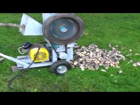 видео: Измельчитель веток своими руками. Самодельная дробилка.