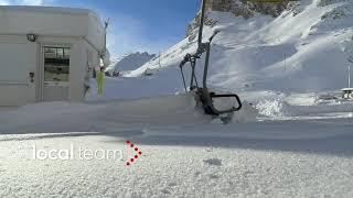 Copyright (contact licensing@localteam.it for usage/license info or visit https://www.localteam.it)silenzio irreale sulle piste da sci. tutto è immobile. sui...