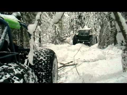 видео: Зимний вездеходный поход. Янв. 2012 (артверсия)