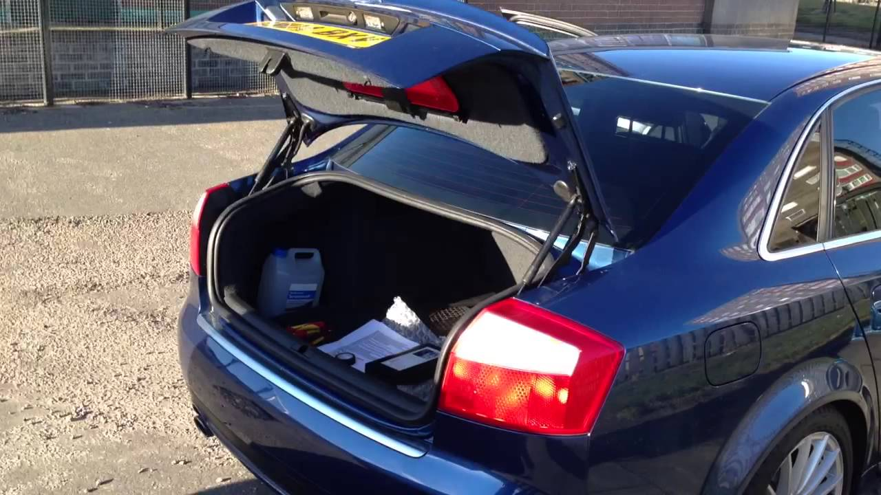 Audi A4 Quattro 2004 >> Audi A4 auto boot open - YouTube