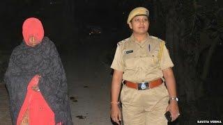 Repeat youtube video राजस्थान: महिला का मुंह काला कर गधे पर घुमाया