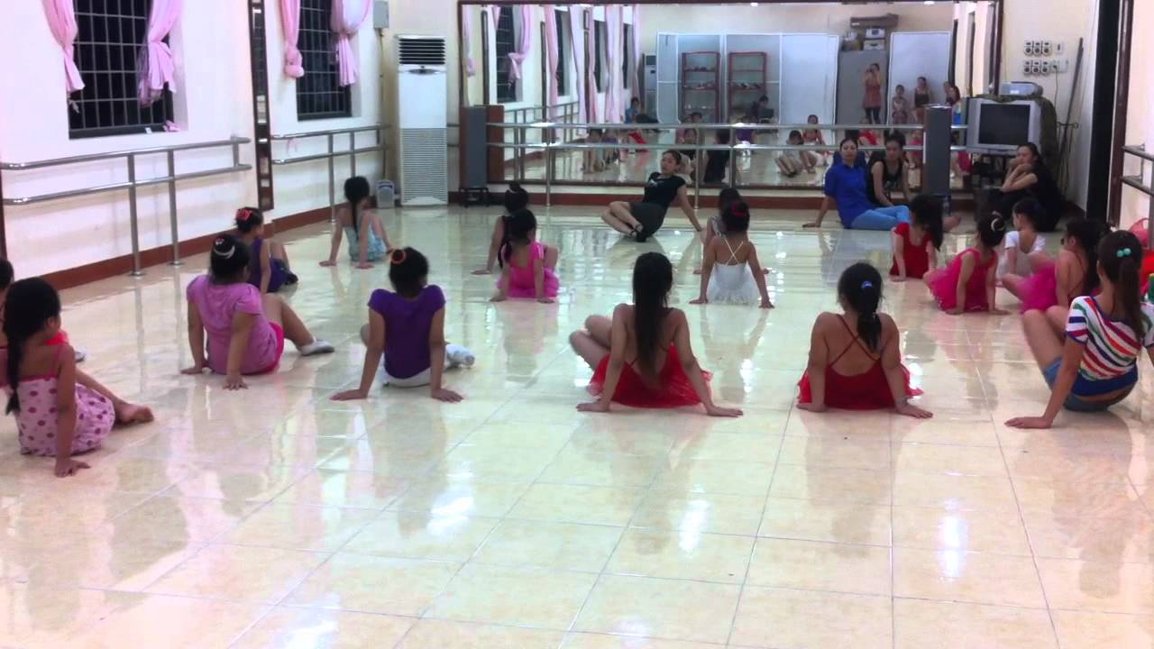 [CLB Tuổi Thần Tiên] Lớp học múa