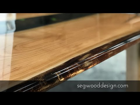 Epoxy dining table - Cherrywood, black background and clear epoxy