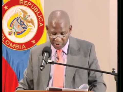 3-Thembile Skweyiya (Diálogos con el mundo)