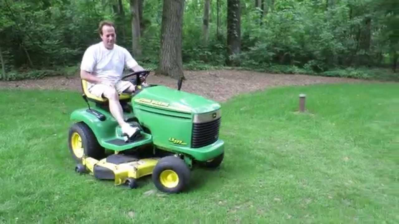 Baileys Honor Auctions - John Deere LX277 AWS Riding Lawn Mower - YouTube