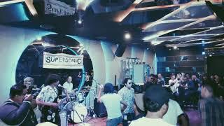 Supersonic Si Nona
