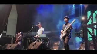 Gambar cover TIC Band - Terbaik Untukmu LIVE @ 90's Festival 2018 (JiExpo Kemayoran)