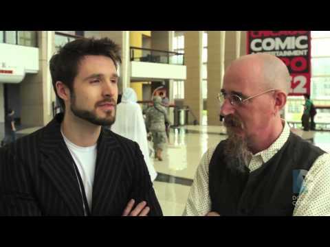 DC Comics - Before Watchmen: Lee Bermejo and Brian Azzarello at C2E2
