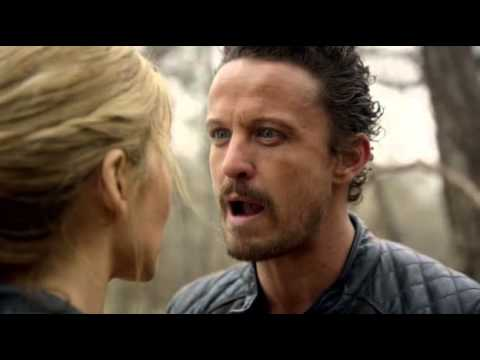 David Lyons Revolution 2x19  Shit Happens_6