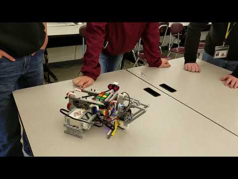 Old Colony students demonstrate robots at Old Hammondtown School