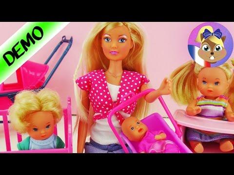 Steffi Love Baby World - Maman avec 3 petits enfants, lit pour bébé, chaise haute et tricycle