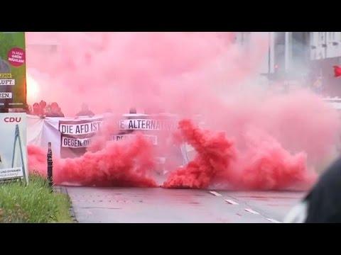 -المناهضون للفاشية- في ألمانيا يتظاهرون ضد مؤتمر حزب -البديل- الشعبوي  - 19:21-2017 / 4 / 29