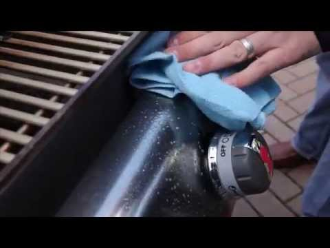 weber-grills-stainless-steel-cleaning