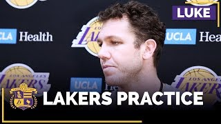 Luke Walton Cautions Players About Social Media, Talks About Distractions As A Team
