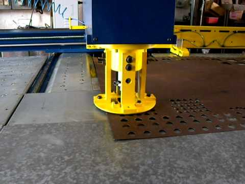 Hydraulic Punch Press - Economy version by SUNFLUID