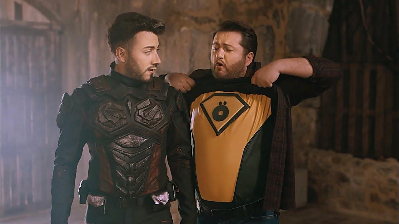 Super Kahraman Kostumu Enes Batur Gercek Kahraman Film Youtube