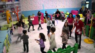 Детска Дискотека в Детски Център - Kids Play