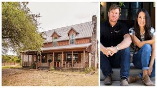 The Old, Scary Farmhouse From Season 1 Of 'Fixer Upper' Could Be Yours